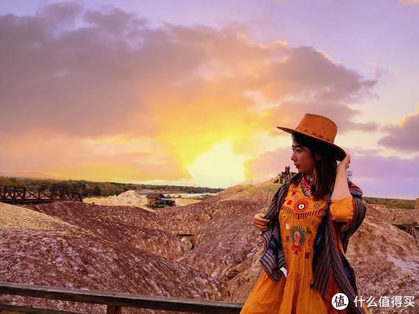 在新疆的金秋里走进童话世界