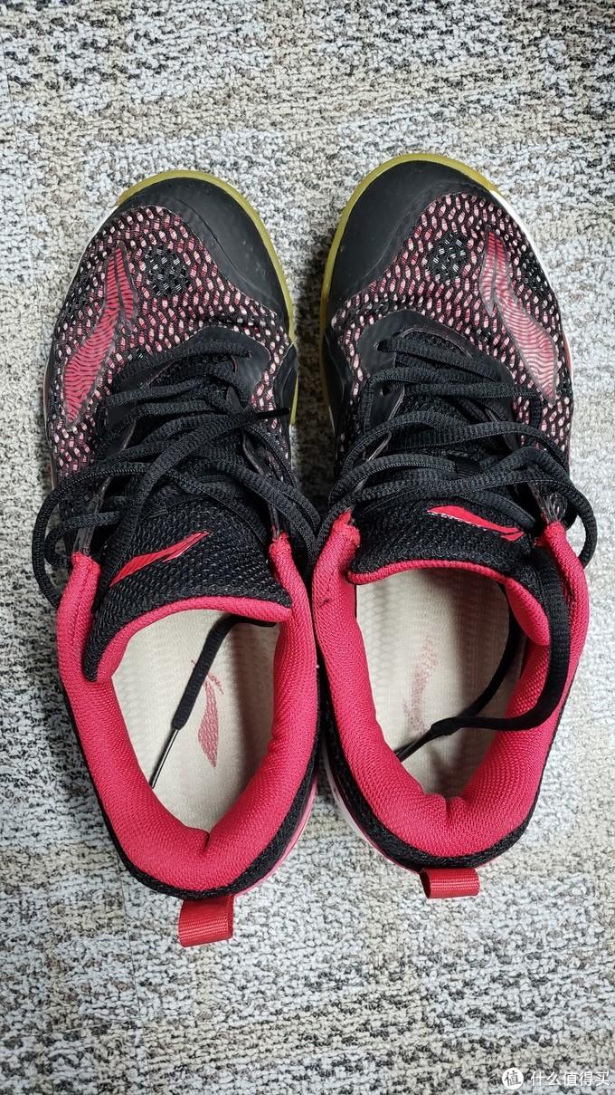 打球也要养生—Victor 9200DX 羽毛球鞋