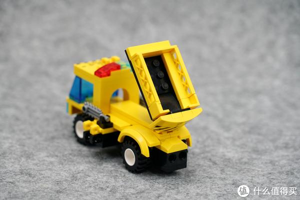 人多力量大,车多成路霸:ENLIGHTEN 启蒙 疾速锋影战车 8in1 组合积木评测