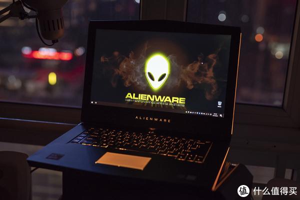 Tiger5G谈数码 篇八十二:来感受下这台一万八的游戏本  Alienware 外星人15 R4 2018版