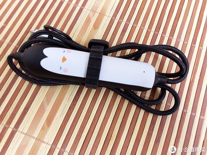 时尚达人的随身应急宝——iWALK Crazy Cable小魔兽三合一移动电源充电线评测