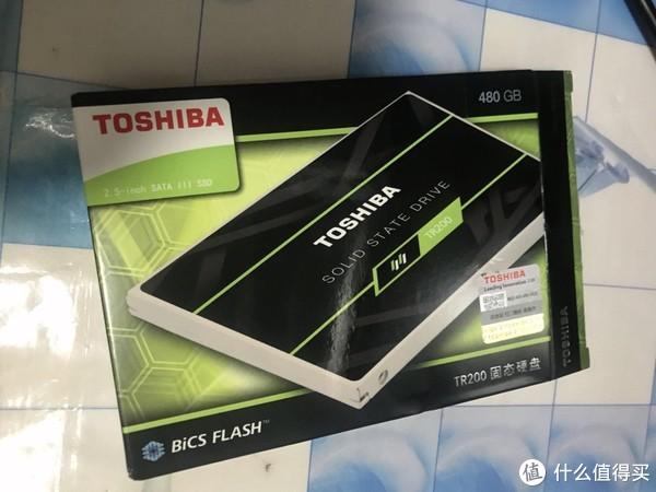 东芝(TOSHIBA) TR200系列 外盒包装