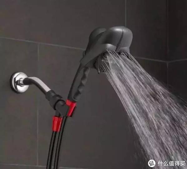 浴室花洒也有鄙视链,我跪在了黑武士的泪水里!