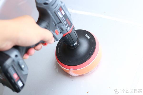 外面洗车洗不干净?自己洗车怎样快?试用充电钻、洗车泥