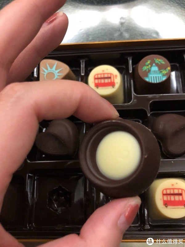 比利时GODIVA歌帝梵巧克力美妙城市幻想曲系列礼盒装18粒