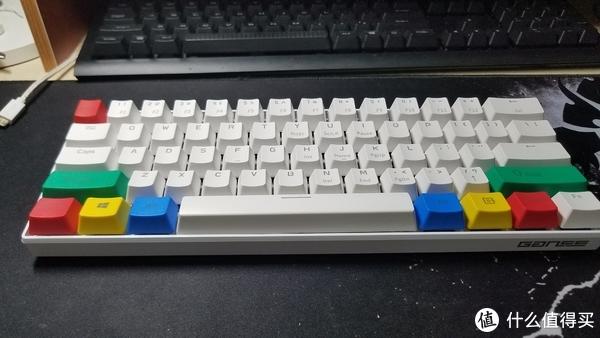 新人入手&加灯GANSS  ALT 61迷你机械键盘