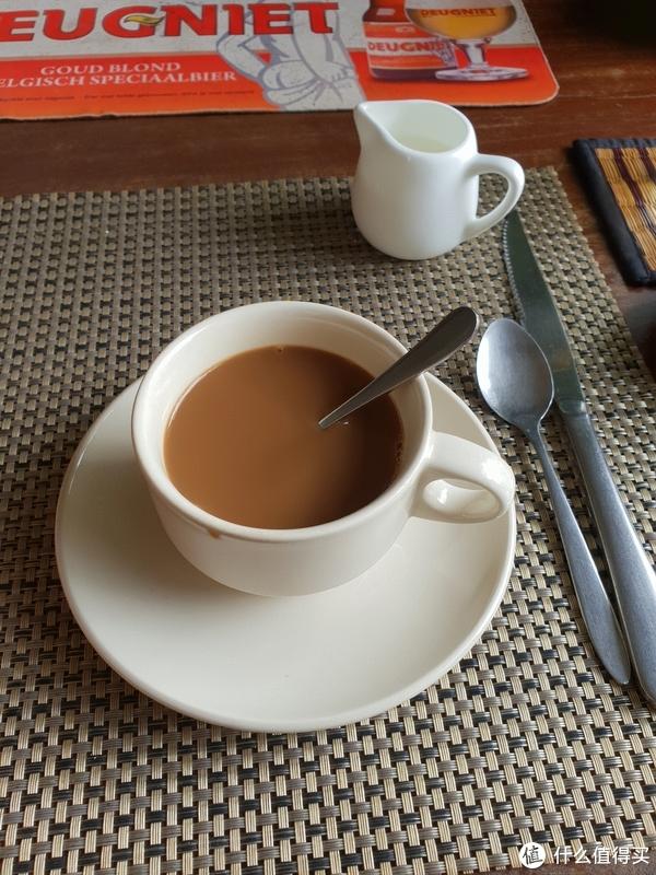 咖啡+鸡蛋+吐司就是早餐~