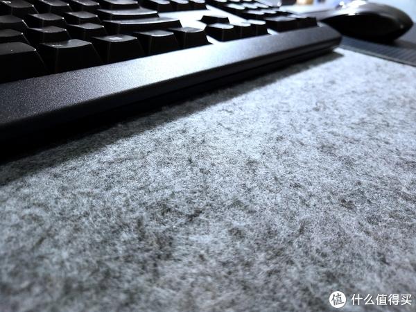 老装备为主 搭建的实用双屏办公桌面