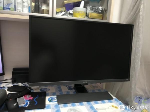 实物高了许多,电脑桌限高50CM成了噩梦。