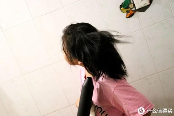 """""""柔润负离子"""",呵护你的秀发—须眉电吹风使用日记!"""