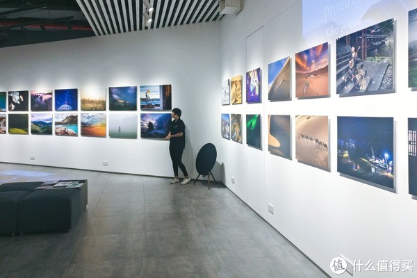 X-SPACE还可以进行摄影作品的展示,举办摄影展览
