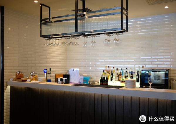 用白金卡体验超值的新加坡樟宜机场T1 环亚贵宾厅(Plaza Premium Lounge)