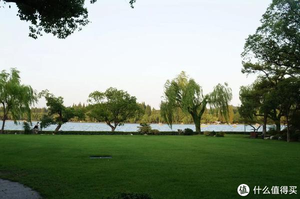 真正的枕西湖水而眠 | 西子宾馆,全杭州离西湖最近的床