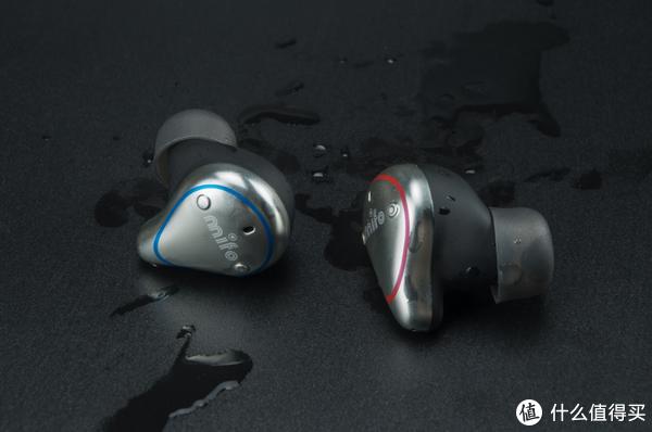 真无线耳机:续航破100小时、全频动铁单元,售价你想不到!