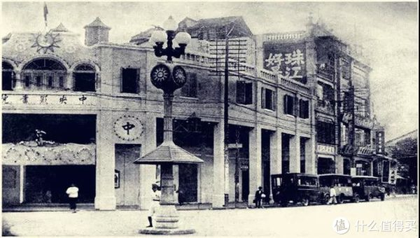 中山路与北京路的交叉路口