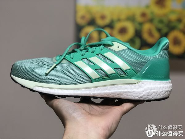 存在感偏弱的顶级跑鞋—Adidas 阿迪达斯 Energy Boost 4开箱