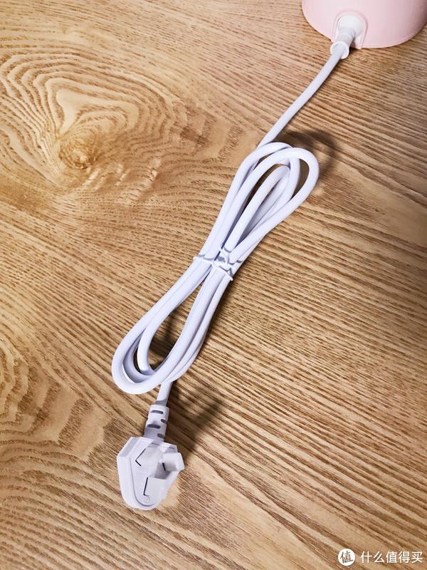 折好的电线