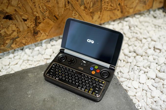 6寸夏普屏,GPD WIN2 游戏笔记本电脑 开箱