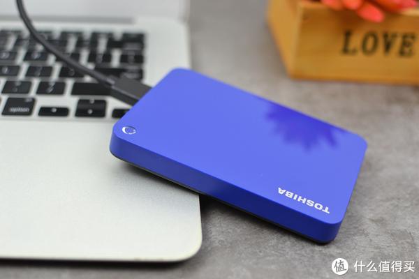 苹果本扩容了,iPhone瘦身了,小巧便携的东芝V9移动硬盘值得拥有