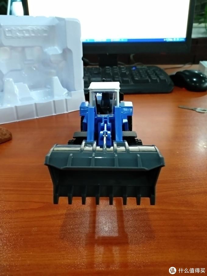 图书馆猿のCadeve 凯迪威 623003 大型铲车推土机模型