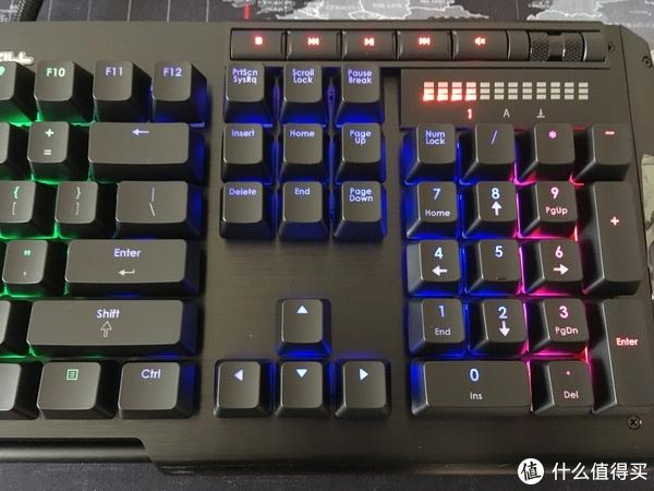 然而我的键盘自带音量滚轮以及多媒体快捷键。