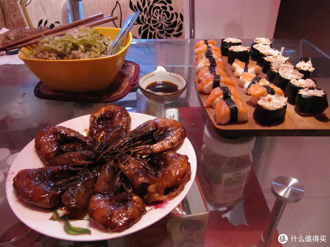 某天的寿司、犒大虾、排骨炖酸菜混搭
