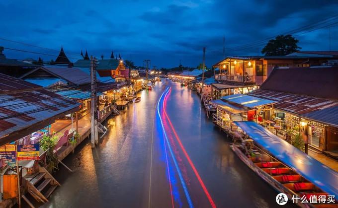 去曼谷只逛寺庙太浪费!8个必逛特色集市让泰国更好玩
