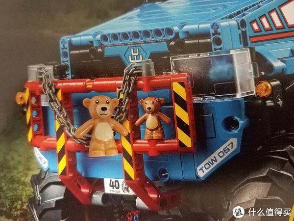 一辆有小熊点缀的遥控卡车—乐高2017年度科技旗舰42070