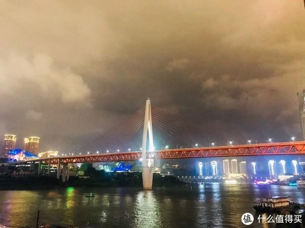 如何在重庆走走拍拍吃吃看看
