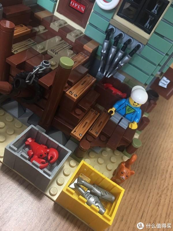 爱是陪伴,小心陪爸爸拼积木之乐高渔屋(21310)