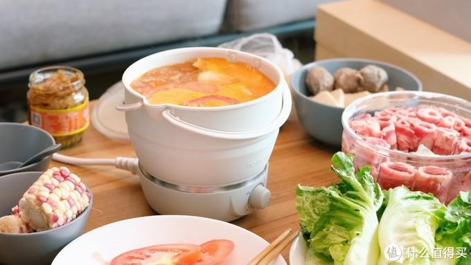 十一出行吃着火锅唱着歌,带上这口折叠锅,走到哪儿都能有热乎饭吃