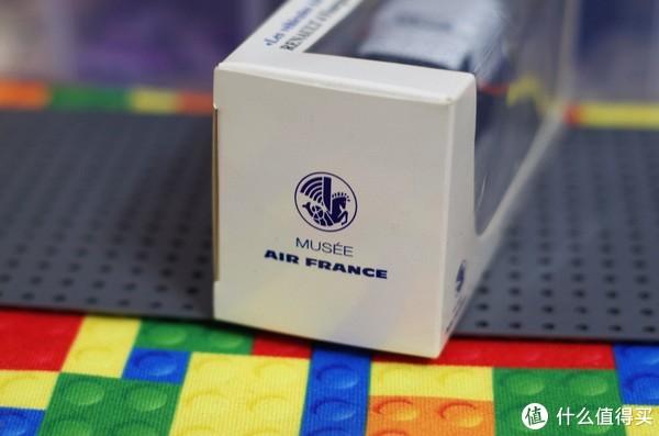 来自最优雅的航空公司法国航空涂装雷诺4-1962版模型