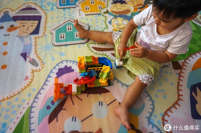 惠美 大颗粒积木城堡滑道拼装体验