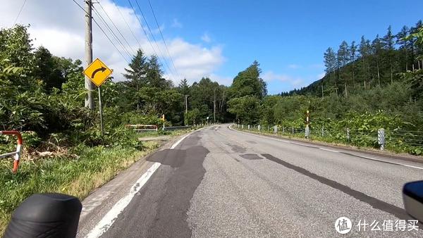 北海道的路,烂就一个字