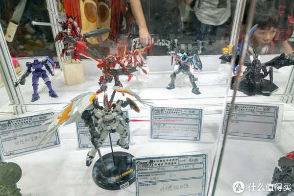 满满都是胶—记高达模型王世界杯2018华南赛区