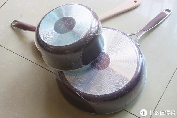 外观简洁又好用的不粘锅套装开箱晒物:Suncity 阳晨 至尊晶紫 不粘锅套装