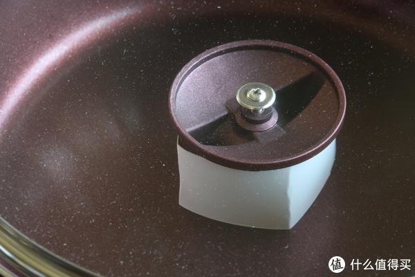 锅盖,可以拧开的螺丝