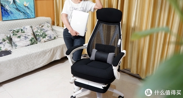 """颜值源于品味:多功能黑白调""""听海""""电脑椅轻体验!"""