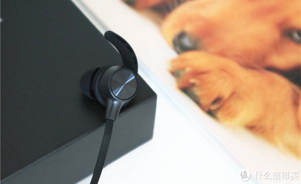 """泰捷 JEET W1S耳机体验:运动健身好""""伴侣"""""""