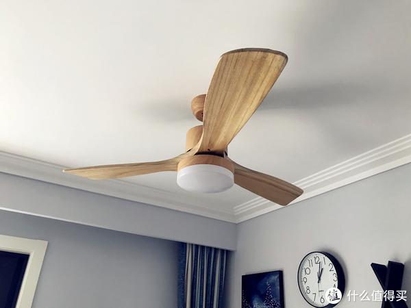 北欧风格的实木吊扇灯,三色温可调,购于马家 578大洋