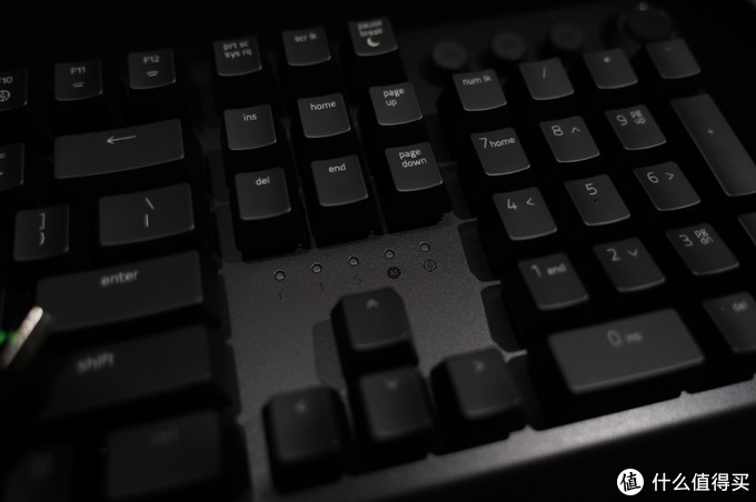十指下的流光溢彩——黑寡妇蜘蛛精英版机械键盘体验