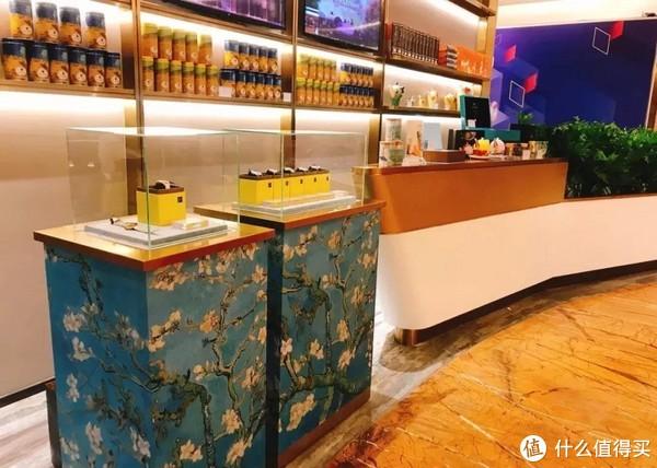 探店|全球仅3家!置身梵高画展中就餐 在广州K11可拥有