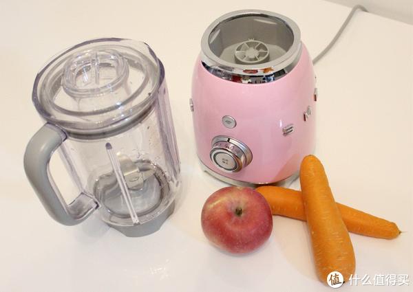 为厨房增加一抹意大利风情亮色—Smeg 斯麦格/诗迈格 BLF01果汁机轻晒简测