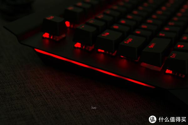 雷柏V780防水背光游戏机械键盘开箱分享