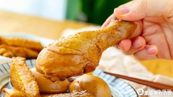 """手把手教你做名菜""""卤三鸡"""",酱香浓郁,色泽油亮,好吃过瘾!"""