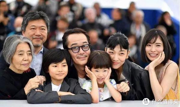 是枝裕和与《小偷家族》六位主演