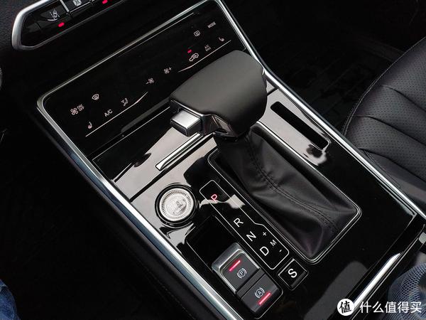 众泰T600小步快跑搞原创:自主设计外观,自主研发动力系统