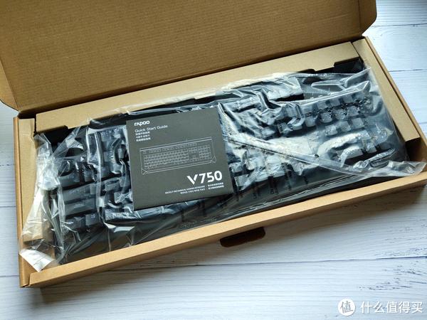 青轴手感,不惧水洗!RAPOO 雷柏V750机械键盘