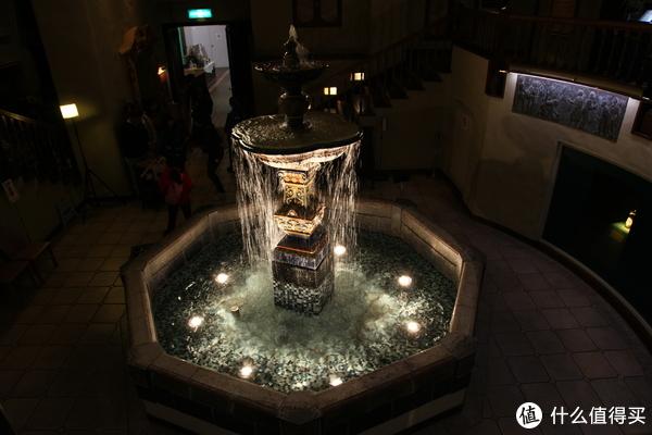 内部的喷泉