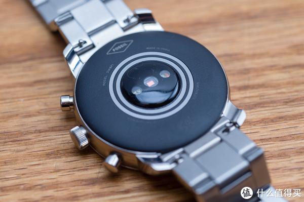 全时显示,Wear OS系统加持,健身好助手Fossil Q智能手表入手